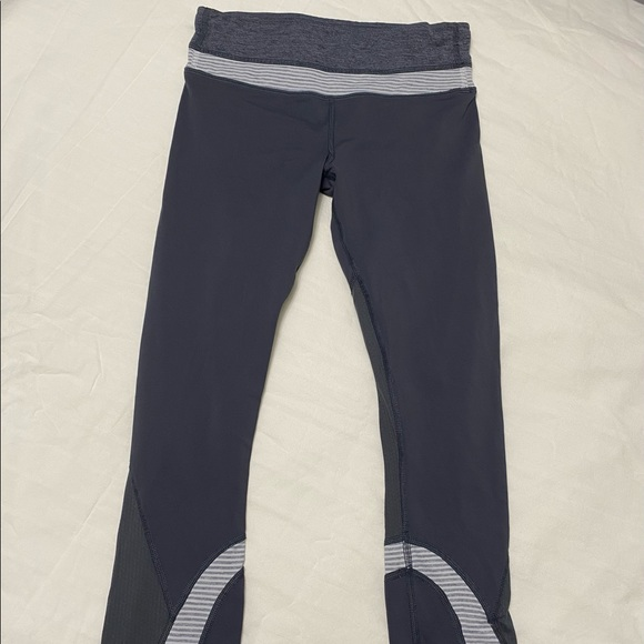 Lululemon capris leggings